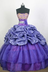 Purple Strapless beaded Quinceanera Gown Dresses in and Organza