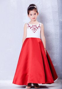 New White and Red A-line Scoop Little Flower Girl Dress with Embroidery