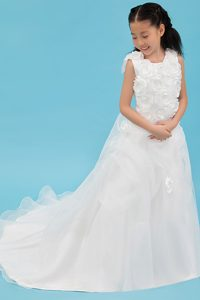 A-line Scoop Sweet Organza White Flower Girl Dresses with Court Train