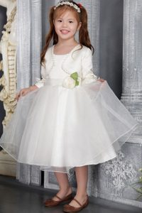White Princess Scoop Tea-length Flower Girl Dress for Cheap in Organza