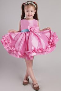 Princess Scoop Knee-length Flower Girl Dress Dress on Promotion