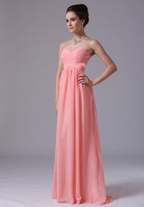 Watermelon Sweetheart Long Ruched Chiffon Dama Dress for Cheap