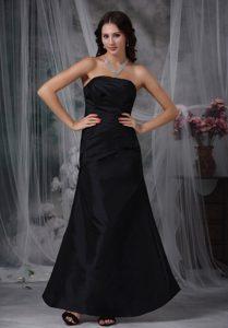 Black Strapless Long Black Ruched Formal Dresses for Dama