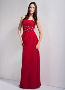 Strapless Long Wine Red Drapped Chiffon Dama Dress with Appliques