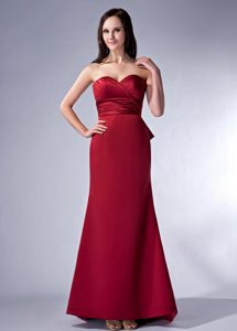 Wine Red Sweetheart Brush Train Ruched Dama Dress with Bowknot