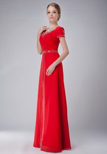 Hot Red Scoop Short Sleeves Long Beaded Formal Dresses for Dama