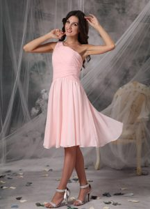 One Shoulder Knee-length Baby Pink Ruched Chiffon Cocktail Dama Dress