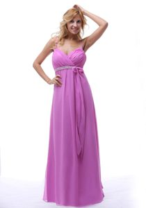 Spaghetti Straps Long Lavender Ruched Dama Dresses with Beading