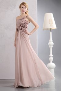 One Shoulder Long Baby Pink Ruched Party Dama Dress with Flowers