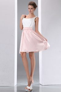 White and Baby Pink Scoop Straps Mini-length Cocktail Dama Dress