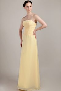 Strapless Long Light Yellow Ruched Chiffon Dama Quinceanera Dress