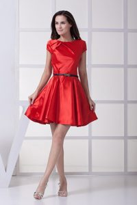Bateau Short Sleeves Mini-length Red Dama Dresses with Black Belt