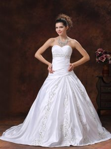 Ruched Sweetheart Court Train Wedding Dress with Beading for Cheap