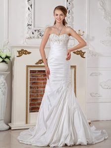 Sweetheart Brush Train Ruched Wedding Dress with Appliques and Pick-ups