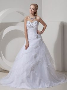 Sweetheart Court Train Organza Dress for Wedding with Layers and Beading
