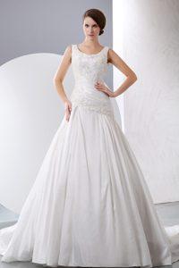 New A-line Scoop Chapel Train Appliqued Designer Bridal Dresses in Taffeta