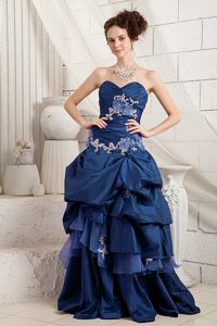 Sexy Navy Blue A-line Sweetheart Appliqued Evening Dresses with Brush Train