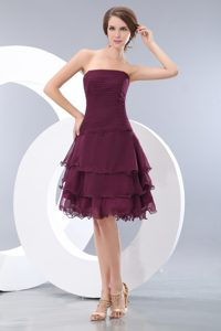 Sexy A-line Strapless Evening Wear Dress with Ruches and Layers in Burgundy
