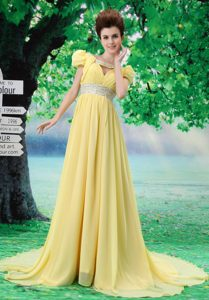 Pretty V-neck Light Yellow Evening Dresses with Beading and Ruching for Cheap