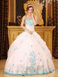 Popular White Sweetheart Blue Quinceanera Gown Dress with Appliques