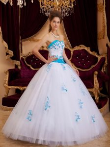 White A-line Sweetheart Tulle Quinceanera Dress with Appliques on Promotion