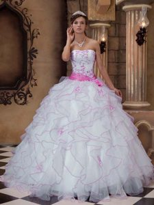White Strapless Organza Quinceanera Dress with Embroidery on Wholesale Price