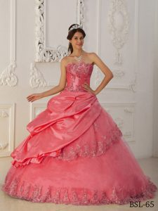 Watermelon Beaded 2013 Classical Long Dress for Quinceaneras with Appliques