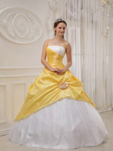 Long Lace-up and Tulle Dresses for Quinceaneras in Yellow and White
