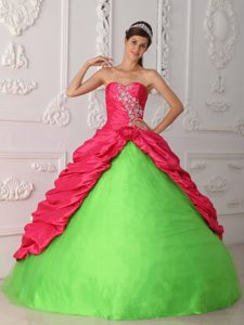 Appliqued and Ruched Sweet Sixteen Quinceanera Dresses in Green and Red
