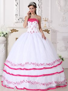 Fashionable White and Hot Pink Beaded Lace-up Quinces Dress with Embroidery