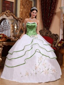 Impressive Spring Green and White Dresses for Quinceanera with Embroidery