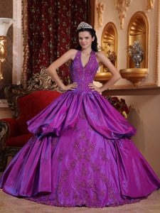 Memorable Purple Halter Top Long Quinceanera Gown Dresses with Appliques