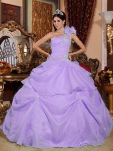 Fabulous One Shoulder Lace-up Beaded Lilac Quince Dresses with Appliques