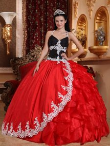 Red and Black Halter Top and Organza Long Dresses for Quinceaneras