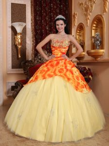 Modern Light Yellow Beaded Sweetheart Long Tulle Dress for Quince