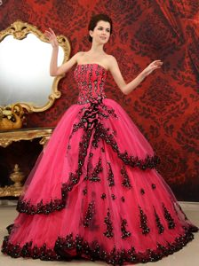 Strapless Court Train Tulle Quinceanera Gown Dresses in Coral Red and Black