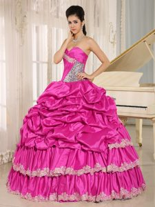 Fuchsia Sweetheart Neckline Pick-ups and Appliques Quinceanera Ball Gown