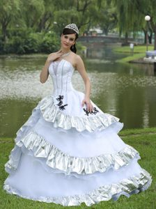 Strapless White Ruffled Layers Appliques Decoration Quinceanera Dress