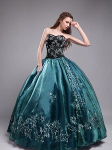Teal and Black Embroidered Quinceanera Dress with Sweetheart Neckline