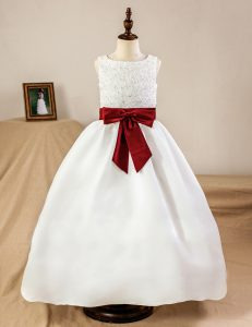 Scoop Sleeveless Flower Girl Dresses Floor Length Lace and Appliques and Bowknot White Satin