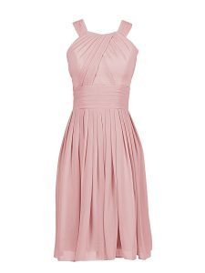 Chiffon Scoop Sleeveless Zipper Pleated Mother Of The Bride Dress in Pink