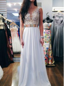 Customized Sleeveless Backless Floor Length Beading Prom Dress