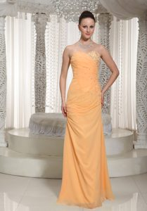 Pretty Orange Sweetheart Chiffon Prom Gown Dress with Ruche and Beading