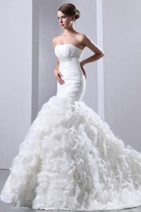 Mermaid Strapless Court Train Wedding Gown Dress for Cheap with Ruffles