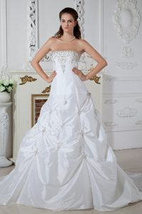 A-line Strapless Court Train Nice Wedding Dresses with Appliques