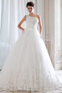 Discount Princess One Shoulder Court Train Wedding Dress with Appliques