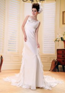 Cheap Chiffon Brush Train Wedding Dresses with Embroidery and Beading
