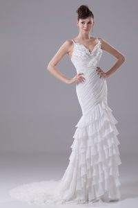 Brush Train Spaghetti Straps Beautiful Wedding Dress with Ruffled Layers