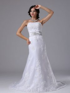 Amazing 2013 Wedding Dress with Beaded Silver Sash and Lace Up Back