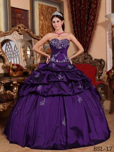 Dark Purple Sweetheart Quinceanera Dress with Appliques and Pick-ups